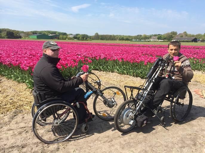 Пробег инвалидов-колясочников по Голландии