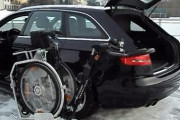Автомобиль с манипулятором