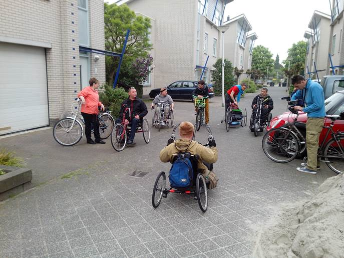 Пробег инвалидов-колясочников по Голандии
