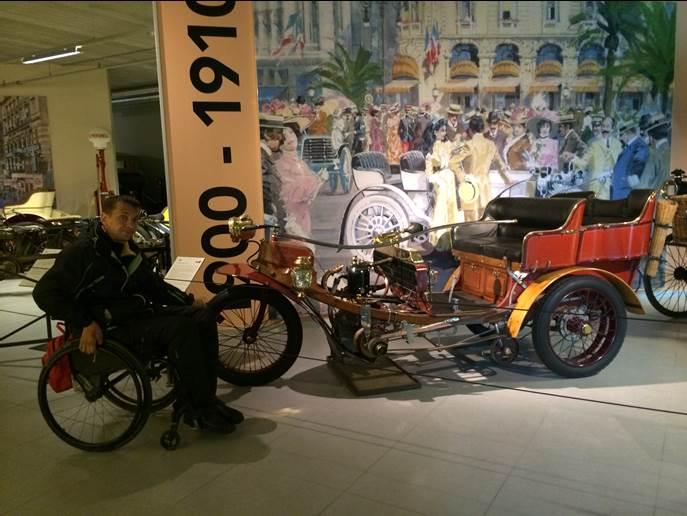 Музей старинных автомобилей в Гааге